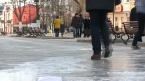 На новой пешеходной зоне заливается первый «каток»